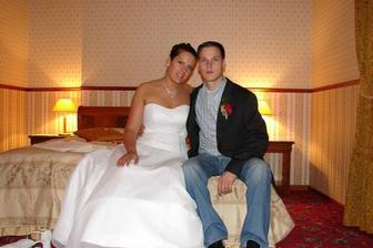 Před svatební nocí:-)
