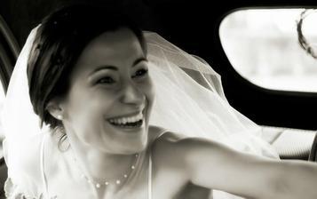 úsmev manželky