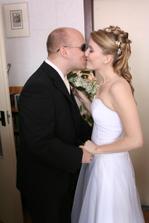 Ráno si pro mě přijel ženich s kytičkou. :)