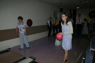 Hrál se i bowling. :)
