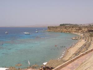 Na svatební cestu (Egypt) jsme odjížděli hned druhý den po svatbě. :) Úžasné moře, nádherné korály - pořád jsme šnorchlovali. :)