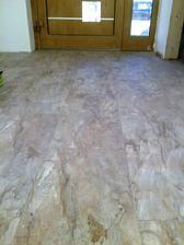"""podlaha v predsieni finito...a tym sme ukoncili nekonecny pribeh s nazvom """"podlahy v dome"""" :)"""