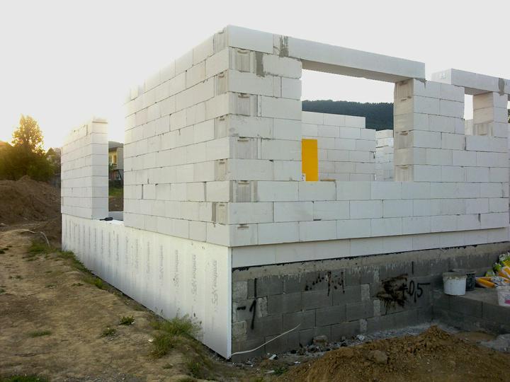 Murovanie - zateplene zaklady extrudovanym polystyrenom