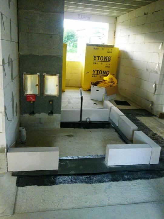 Murovanie - A takto kolem komina vyrobime technicku miestnost.