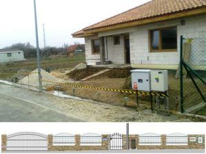 Takto teraz vyzera nas plot aktualne (s ozdobenymi roxormi ;-). Dole je nacrt, ako by mal vyzerat po dokonceni.