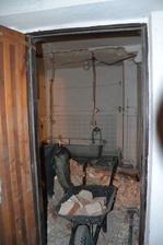 stará kúpeľňa ide von