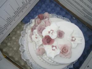 vyzvednuti hlavniho dortu...
