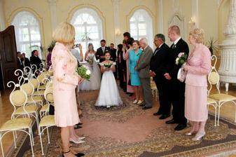 Here comes the bride !!!