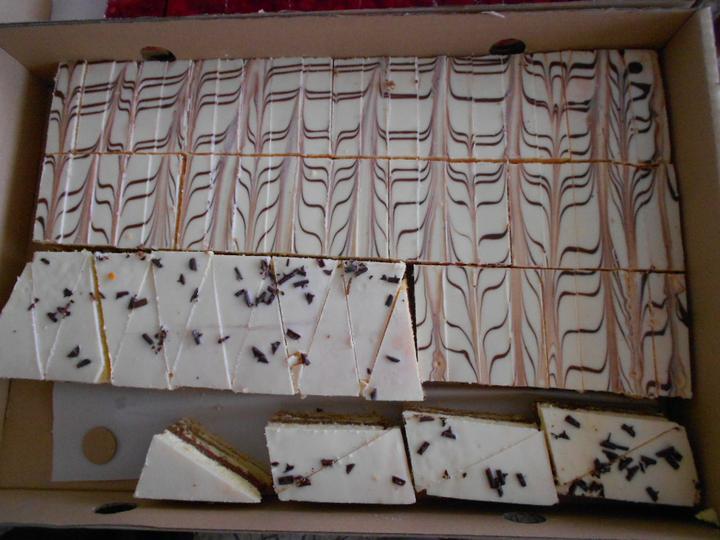 Svadobná torta a zákusky - Obrázok č. 10