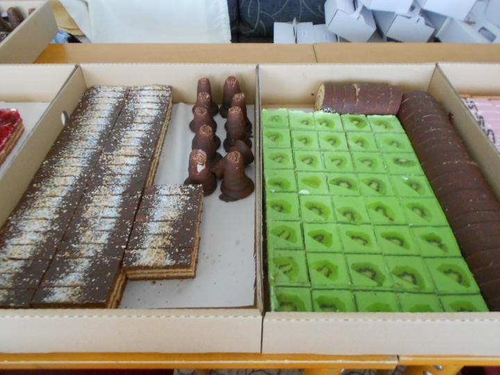 Svadobná torta a zákusky - Obrázok č. 15