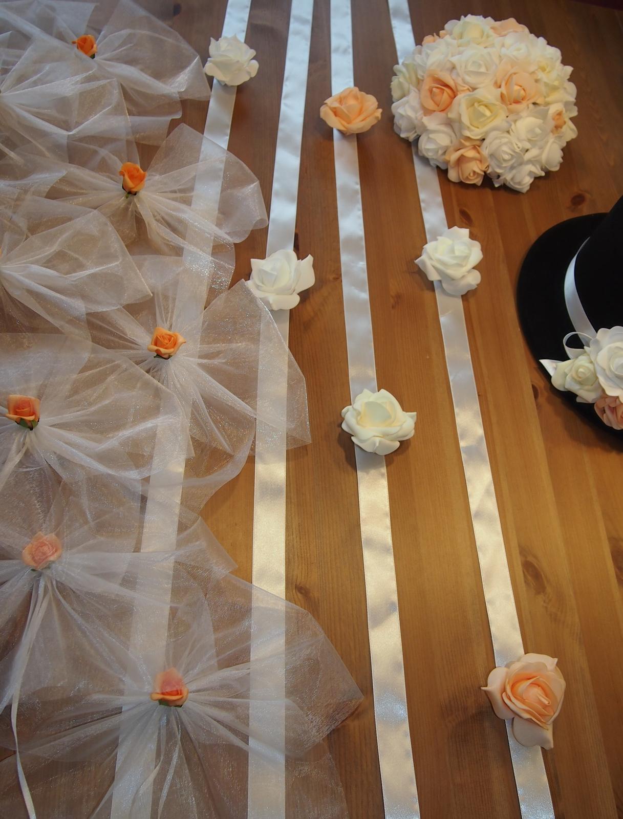 Svatební dekorace na auta - Obrázek č. 61