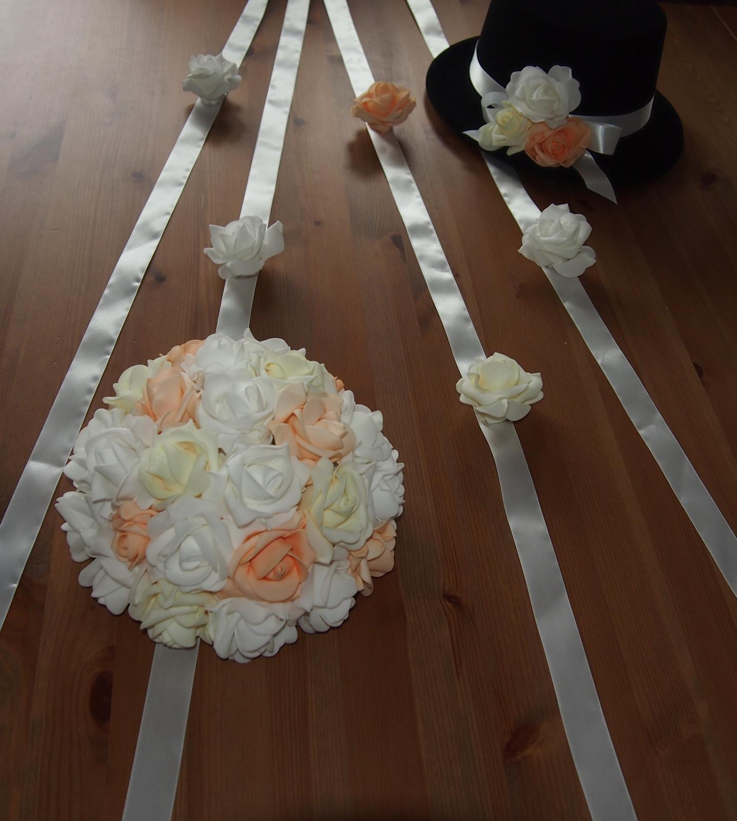Svatební dekorace na auta - Obrázek č. 65