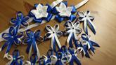 Námořnicky modré vývazky s perličkou
