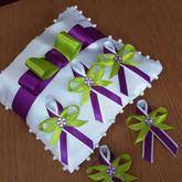 Fialové/jablíčkové vývazky s perličkou - kombinace barev dle přání nevěsty:o)