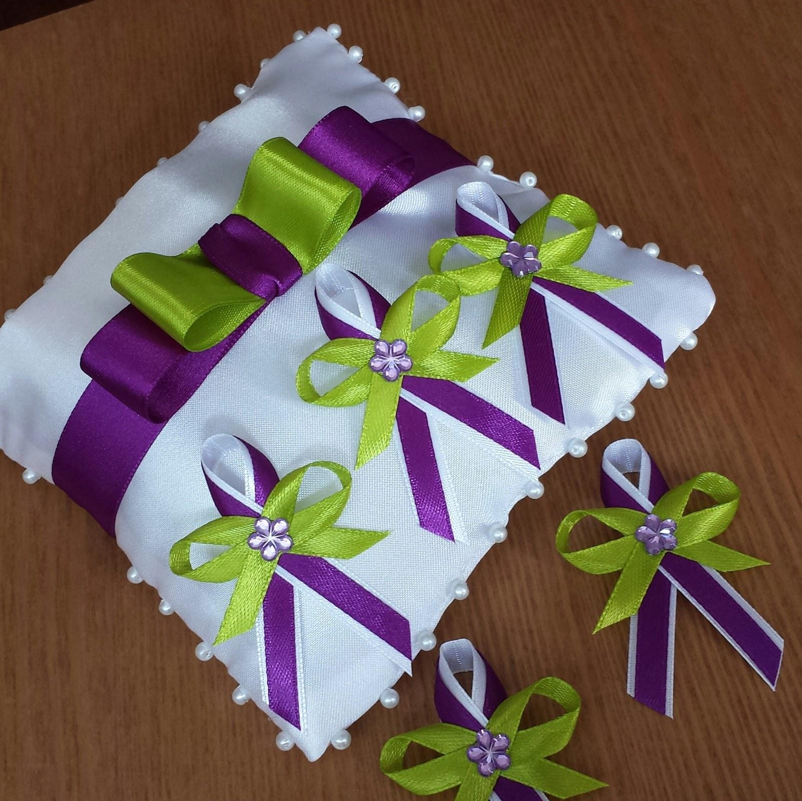 Vývazky - Fialové/jablíčkové vývazky s perličkou - kombinace barev dle přání nevěsty:o)