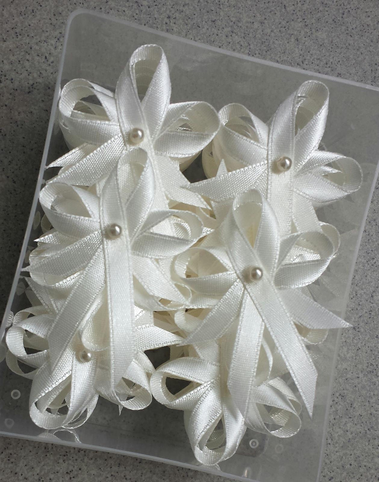Vývazky - Ivory vývazky s perličkou