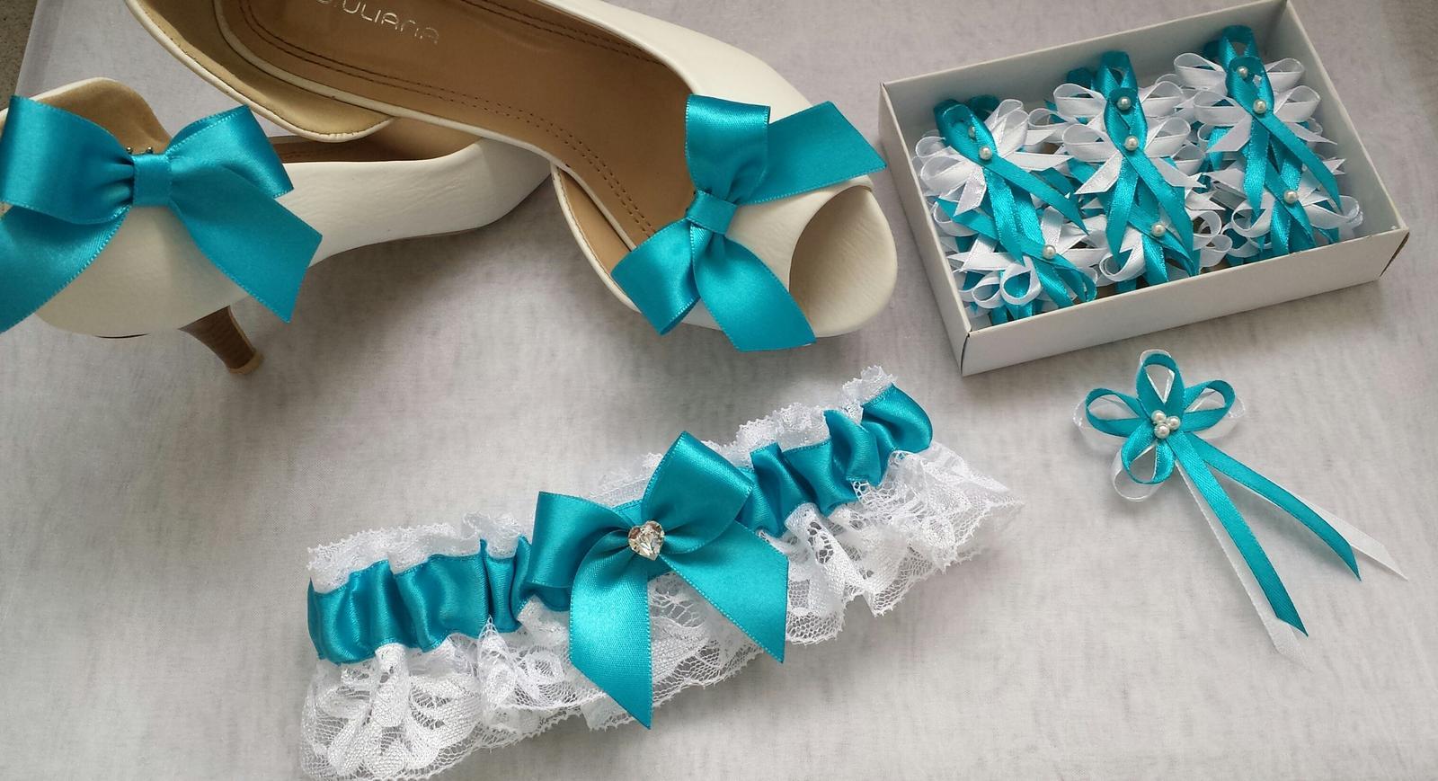 Klipy na boty barva a tvar dle přání - Tyrkysova sada