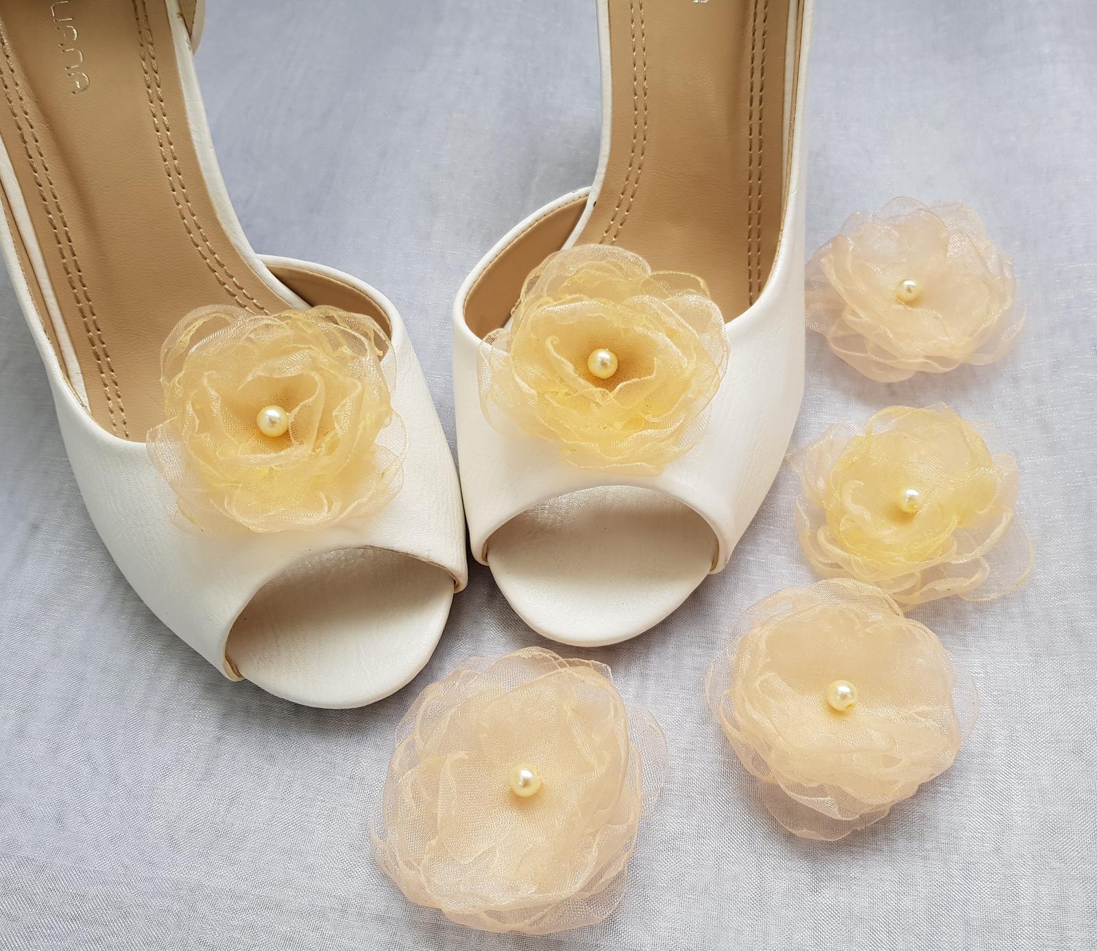 Klipy na boty barva a tvar dle přání - Obrázek č. 92