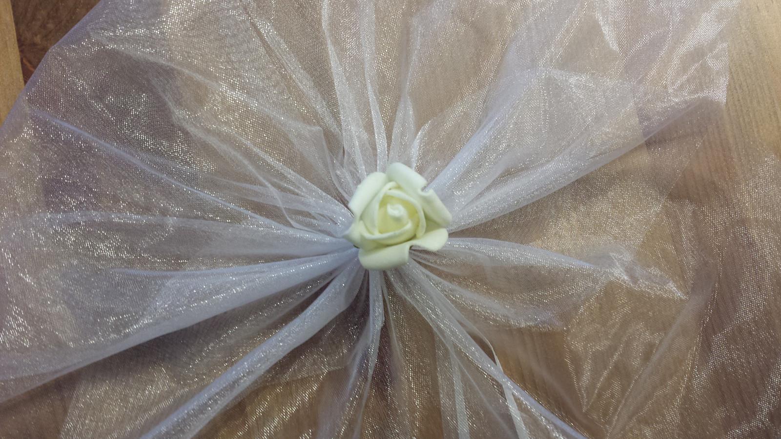 Bílá mašle na zrcátka/kliky ivory květinka vel. M - Obrázek č. 1
