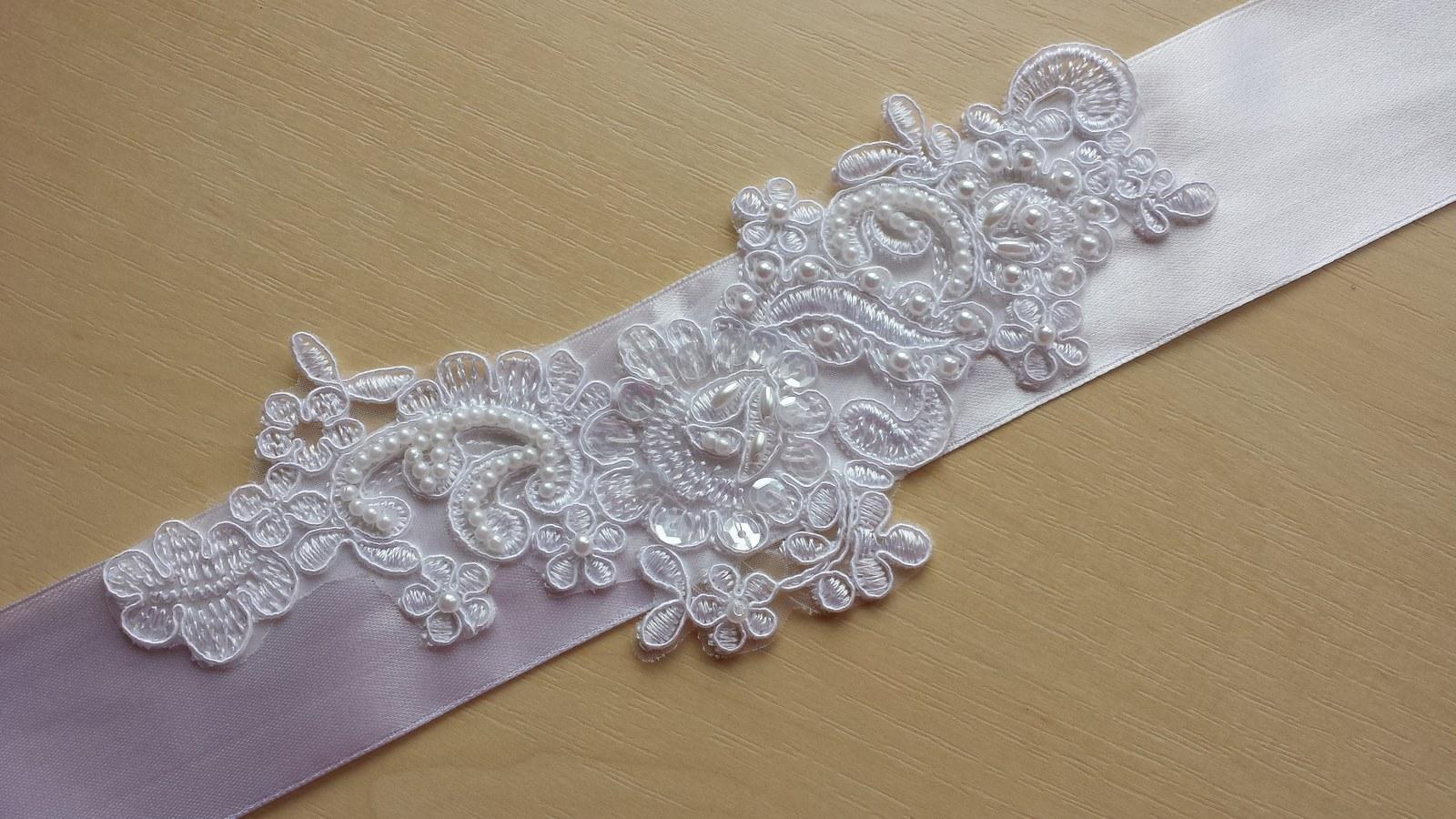 Luxusní bílý svatební pásek - Obrázek č. 1