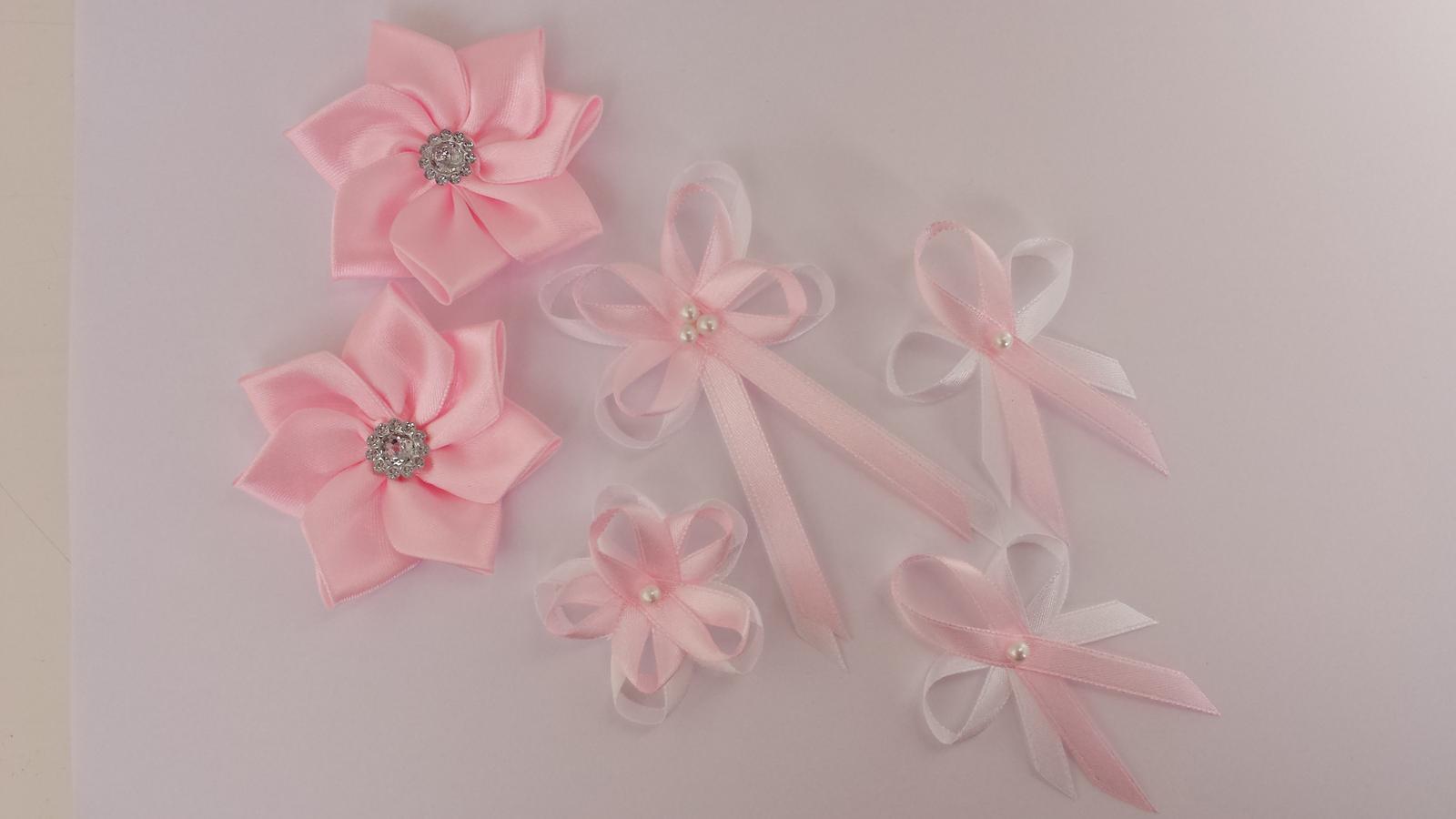Růžovobílé svatební vývazky - Obrázek č. 1