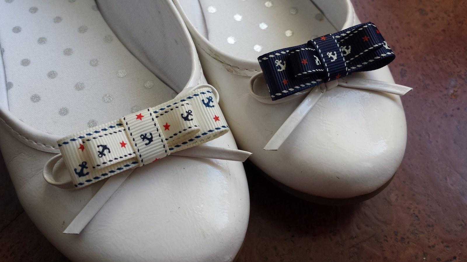 Námořnické klipy na boty na přání k podvazku - Obrázek č. 1