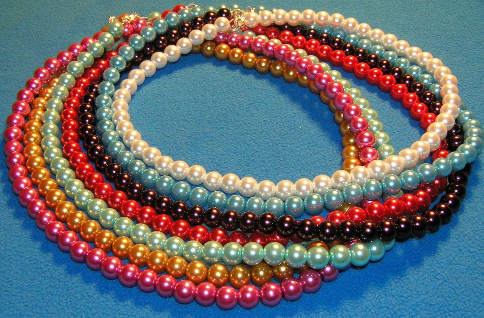 Jednoduchý barevný plesový/svatební náhrdelník - Obrázek č. 1
