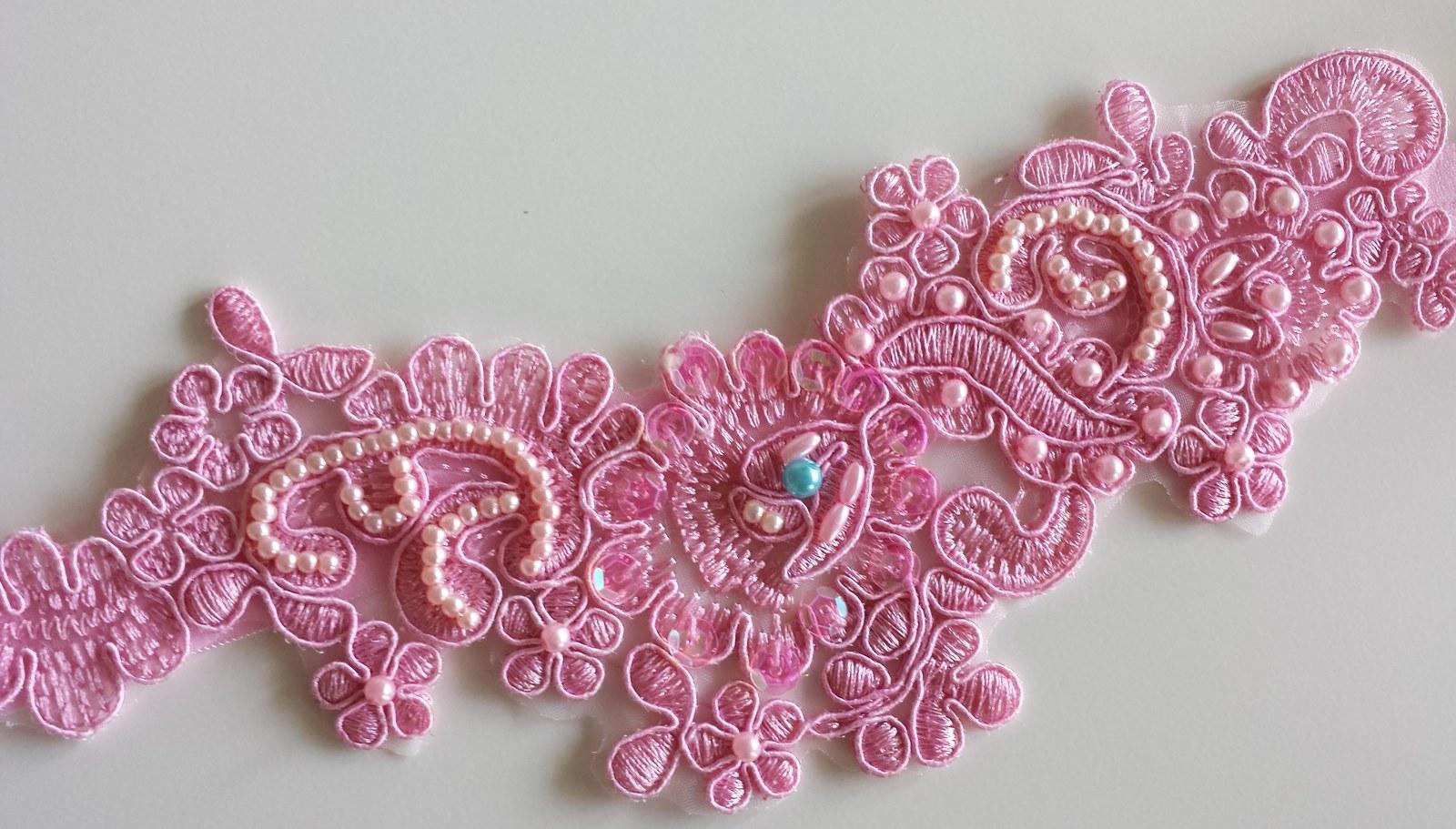 Luxusní růžový podvazek - Obrázek č. 1