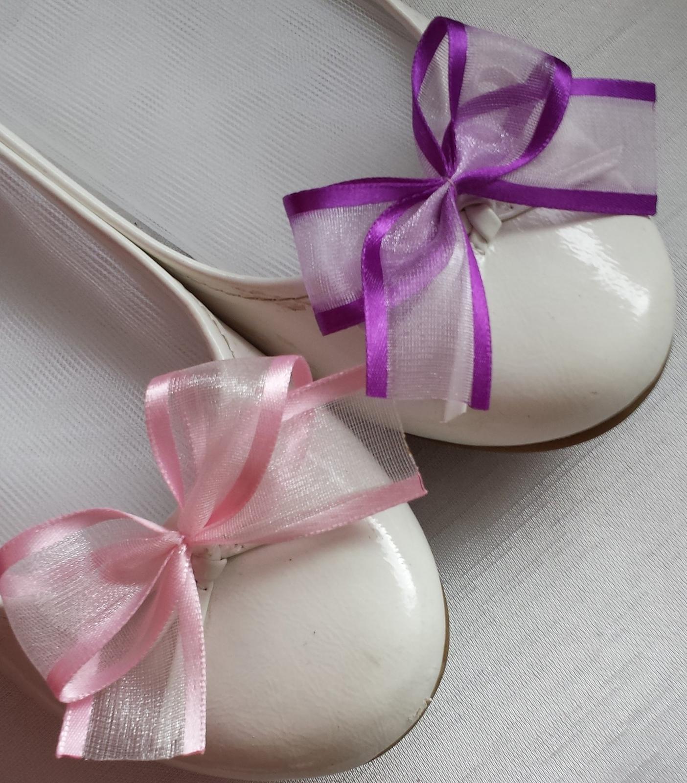 Klipy na boty pro nevěstu s růžovou mašličkou - Obrázek č. 4