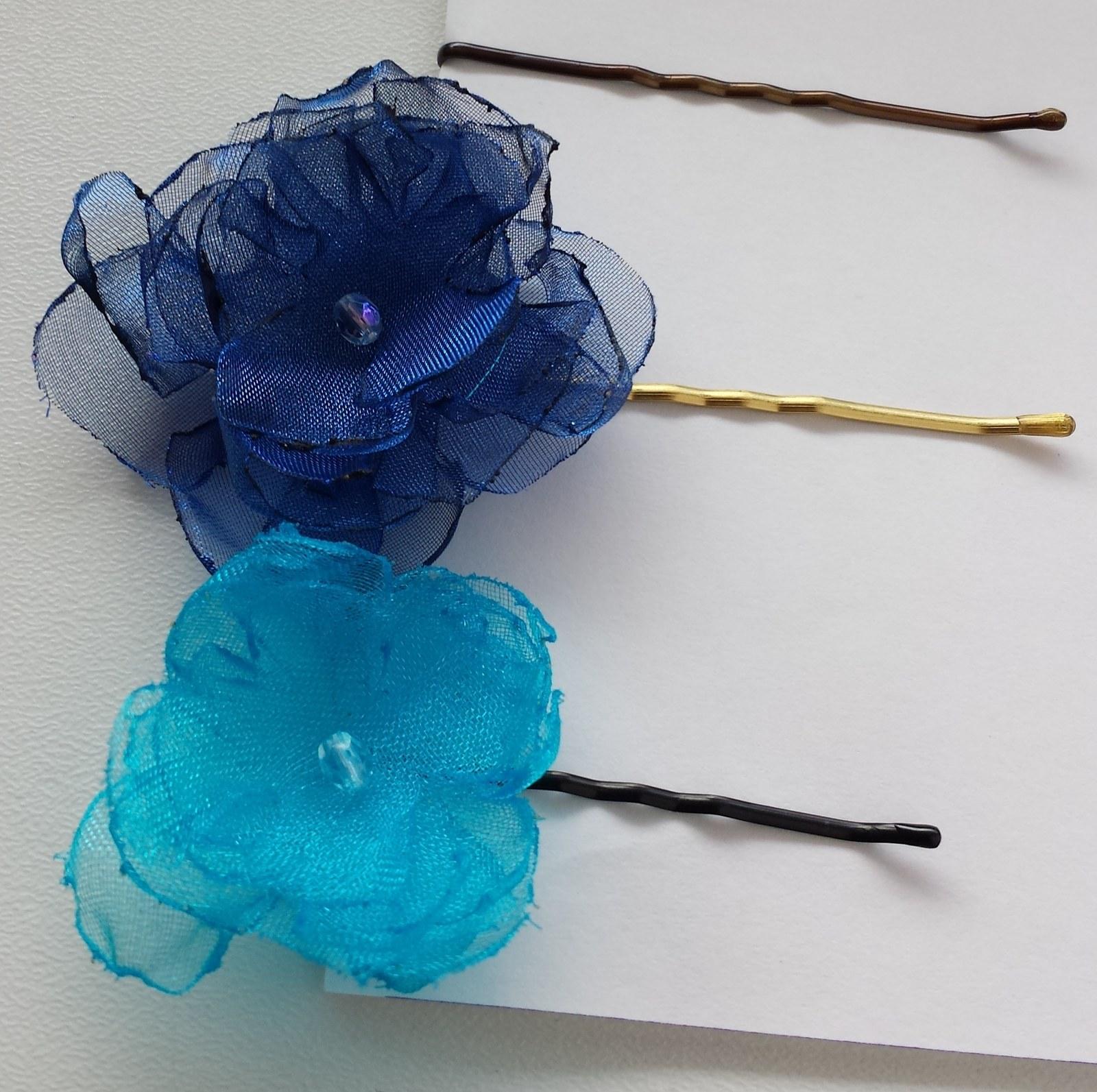 Tmavě modrá kytička pro družičku do vlasů - Obrázek č. 1