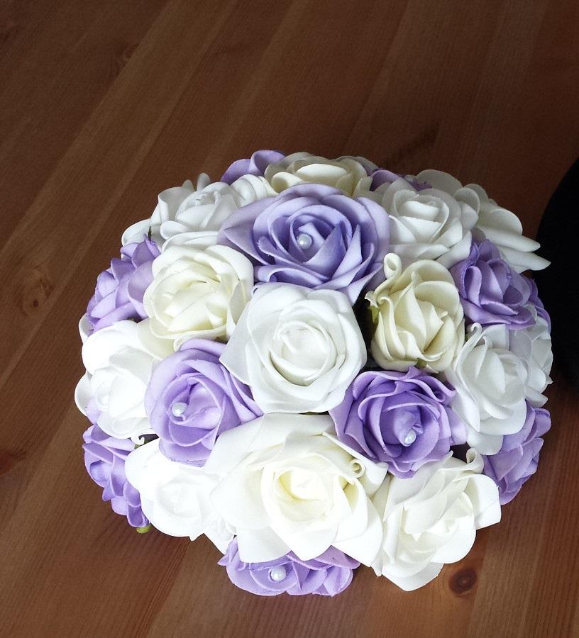 Buket na svatební auto v barvě lila - Obrázek č. 1