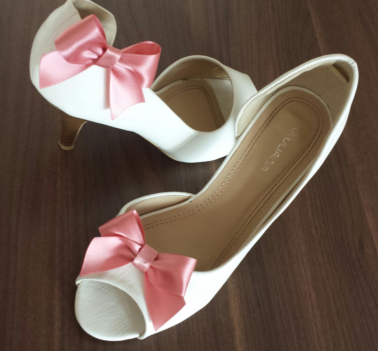 Klipy na boty pro nevěstu s růžovou mašličkou - Obrázek č. 3