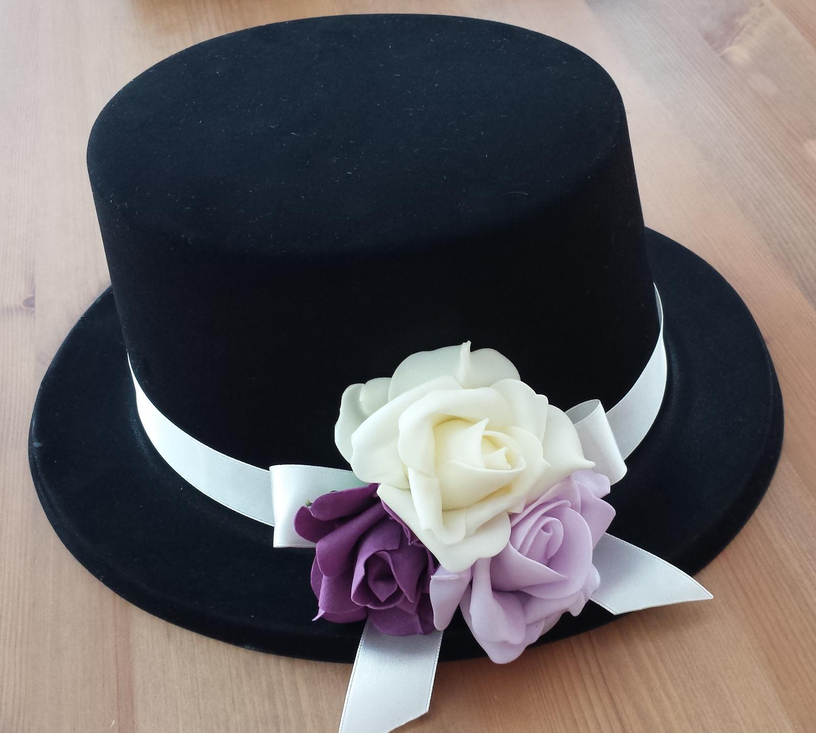 Cylindr na svatební auto lila-fialová-krémová - Obrázek č. 1
