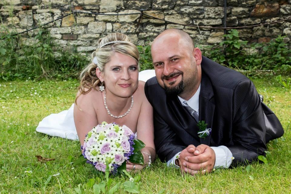 """Bílá svatební bižuterie """"Michele"""" s hrozny - Obrázek č. 1"""