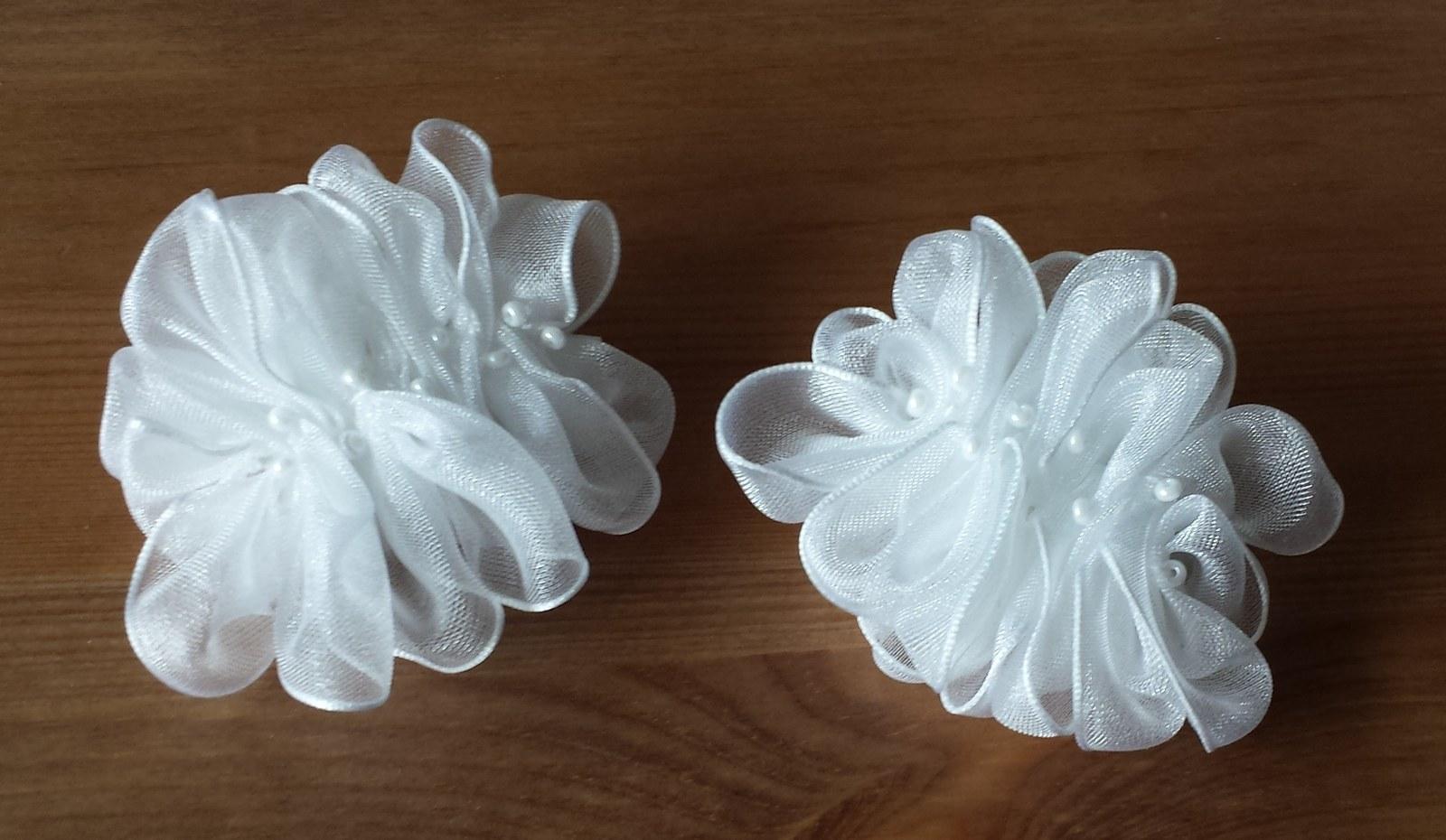 Klipy na boty pro nevěstu-bílá šifonová aplikace - Obrázek č. 2