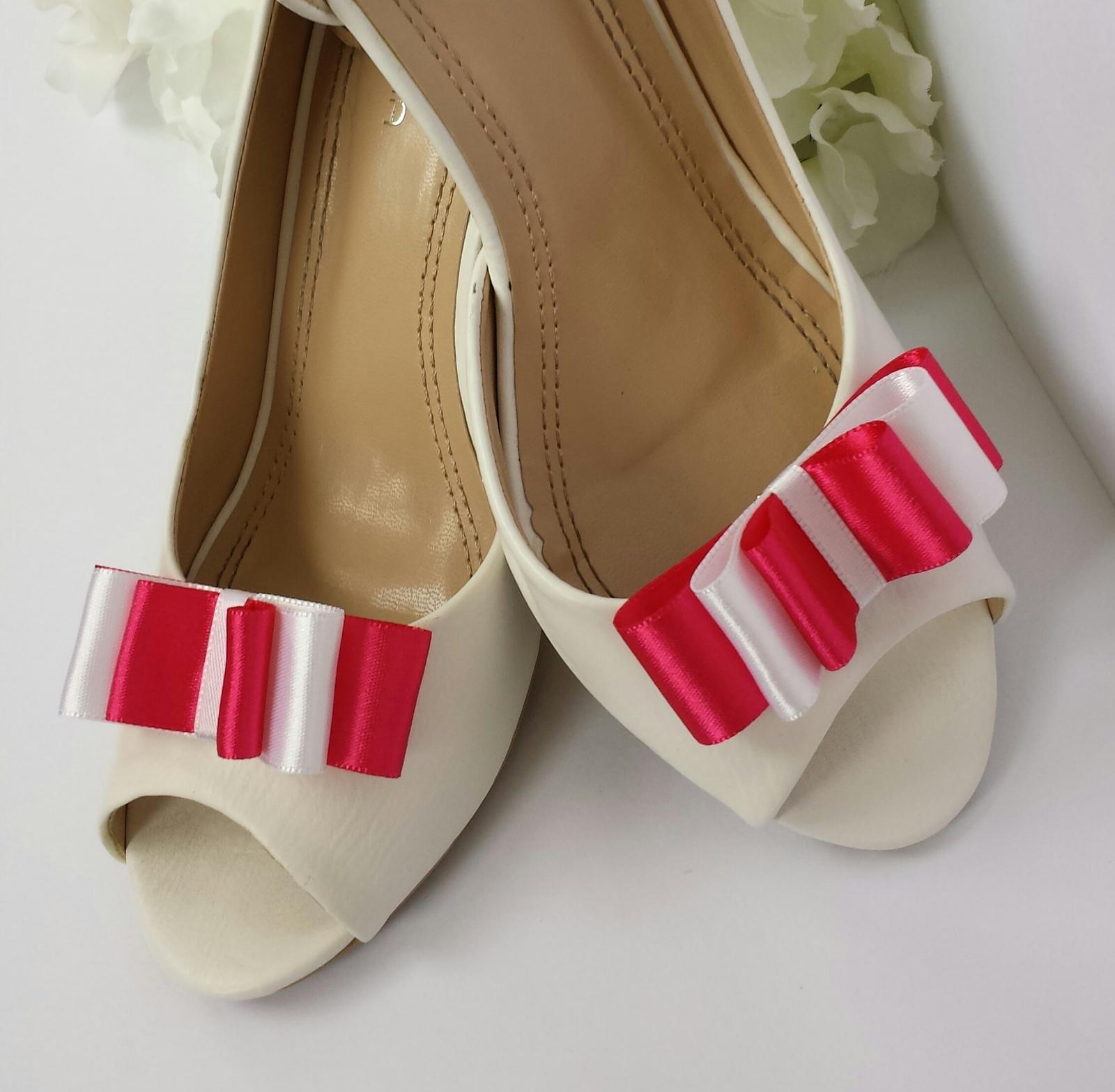 Klipy na boty odstín dle přání - Obrázek č. 3