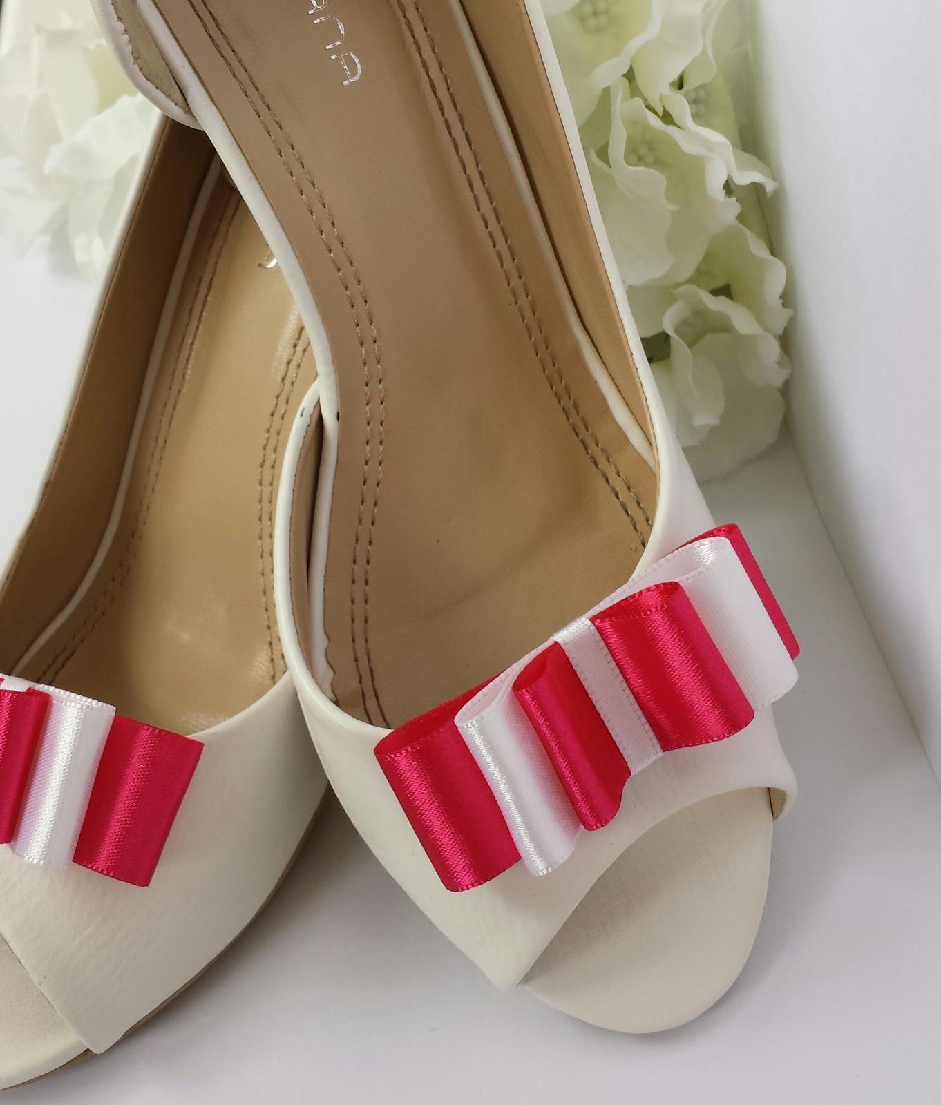 Klipy na boty odstín dle přání - Obrázek č. 4
