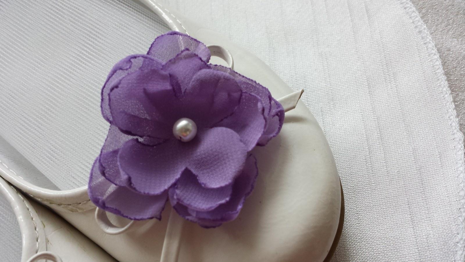 Klipy na boty pro nevěstu - fialový kvítek - Obrázek č. 1