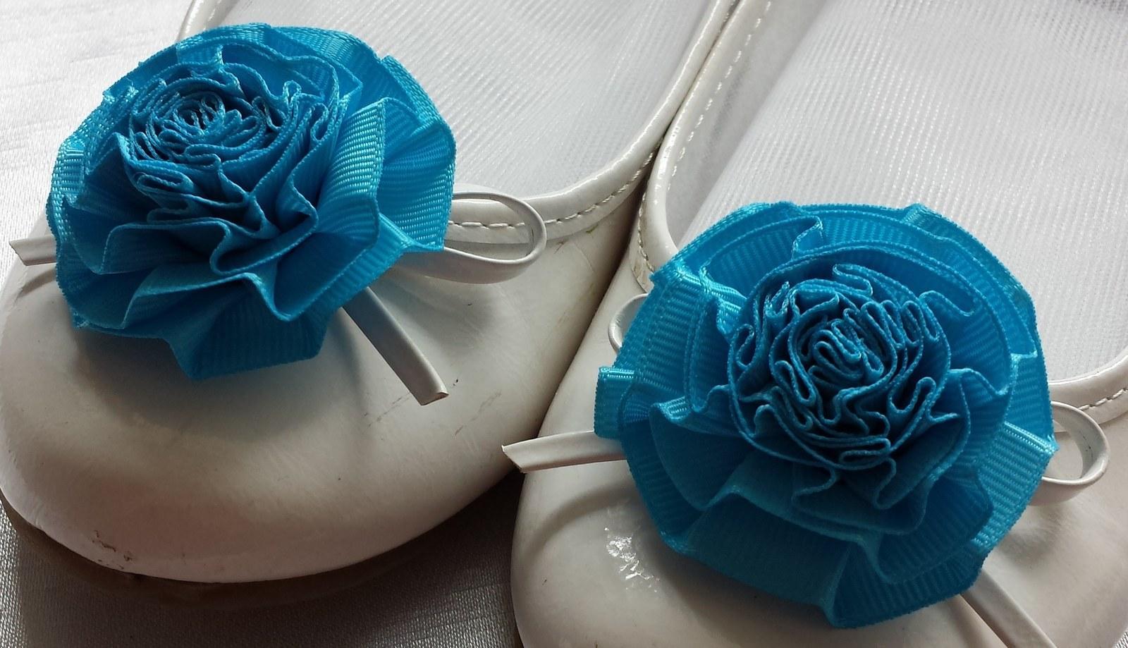 Klipy na boty pro nevěstu s tyrkysovou květinkou - Obrázek č. 3