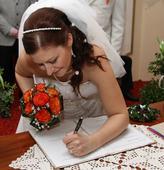 "Jemná bílá svatební čelenka ""Margareth"" ,"