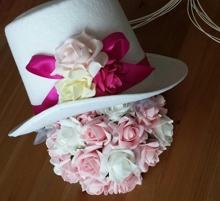 Bílý cylindr na svatební auto-růžová/fuchsia/bílá - Obrázek č. 1