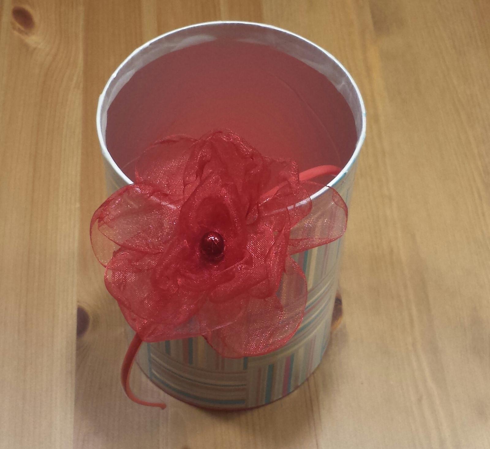 Červená čelenka pro družičku do vlasů  - Obrázek č. 1