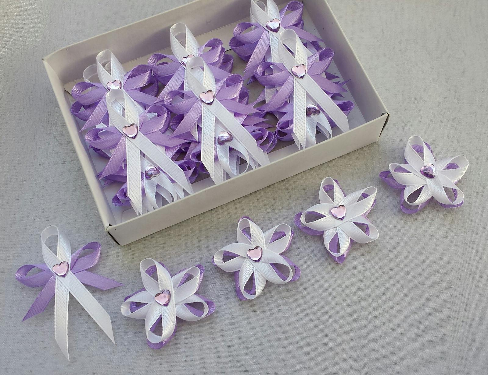 Kvetinkove lila svatební vývazky se srdíčkem - Obrázek č. 1