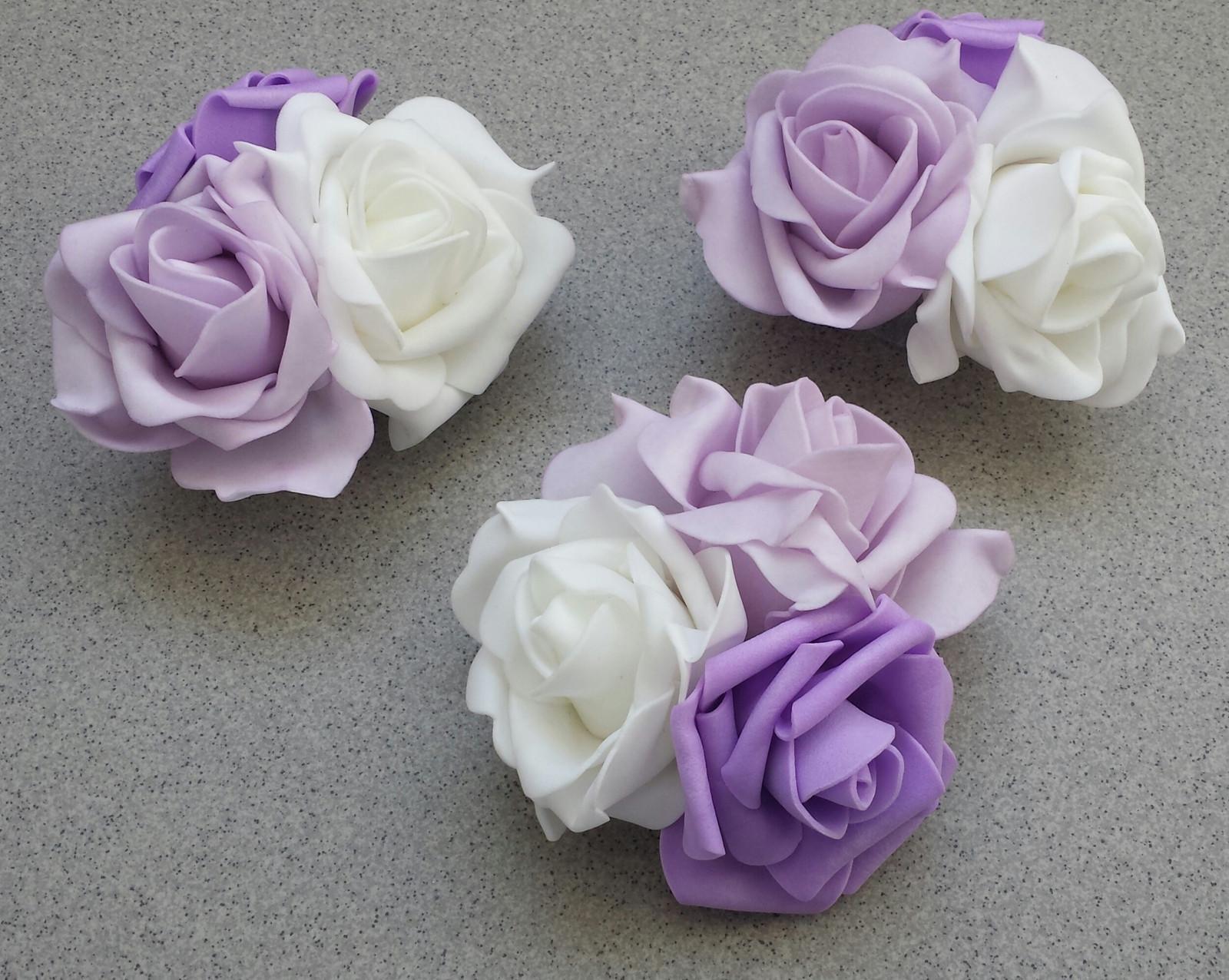 Tři pěnové růže s přísavkou velké - Obrázek č. 1