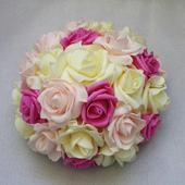 Buket na svatební auto ivory, fuchsiová a růžová,