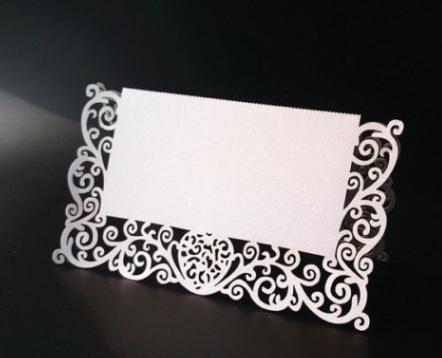 Svatební jmenovka bílá perleťová 24 ks - Obrázek č. 1