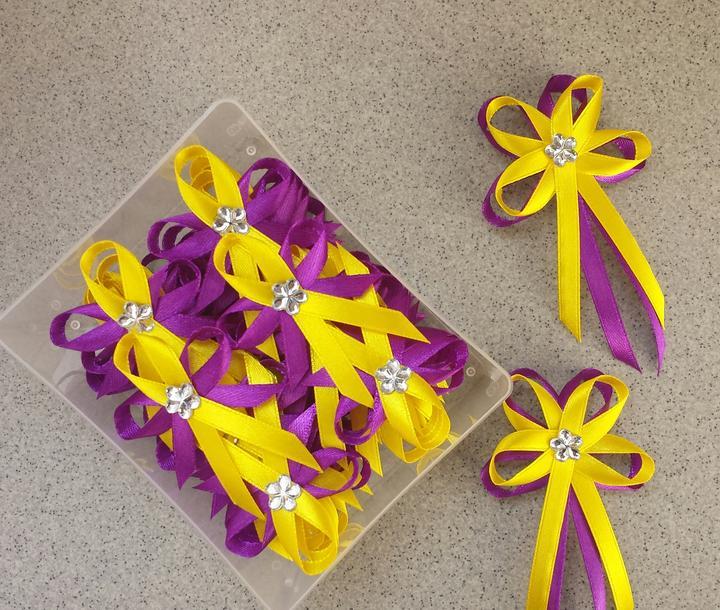 Žluto-fialové svatební vývazky - Obrázek č. 1