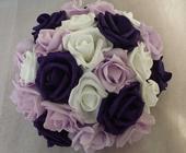 Buket na svatební auto bílá, fialová a lila,