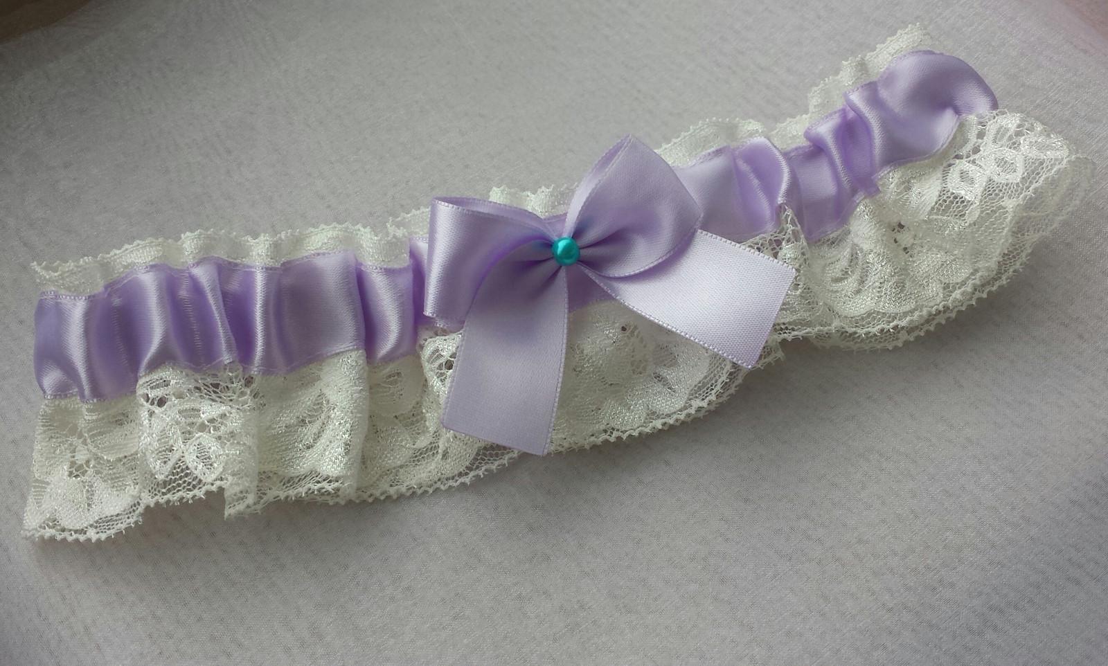Krajkový lila podvazek - Obrázek č. 1
