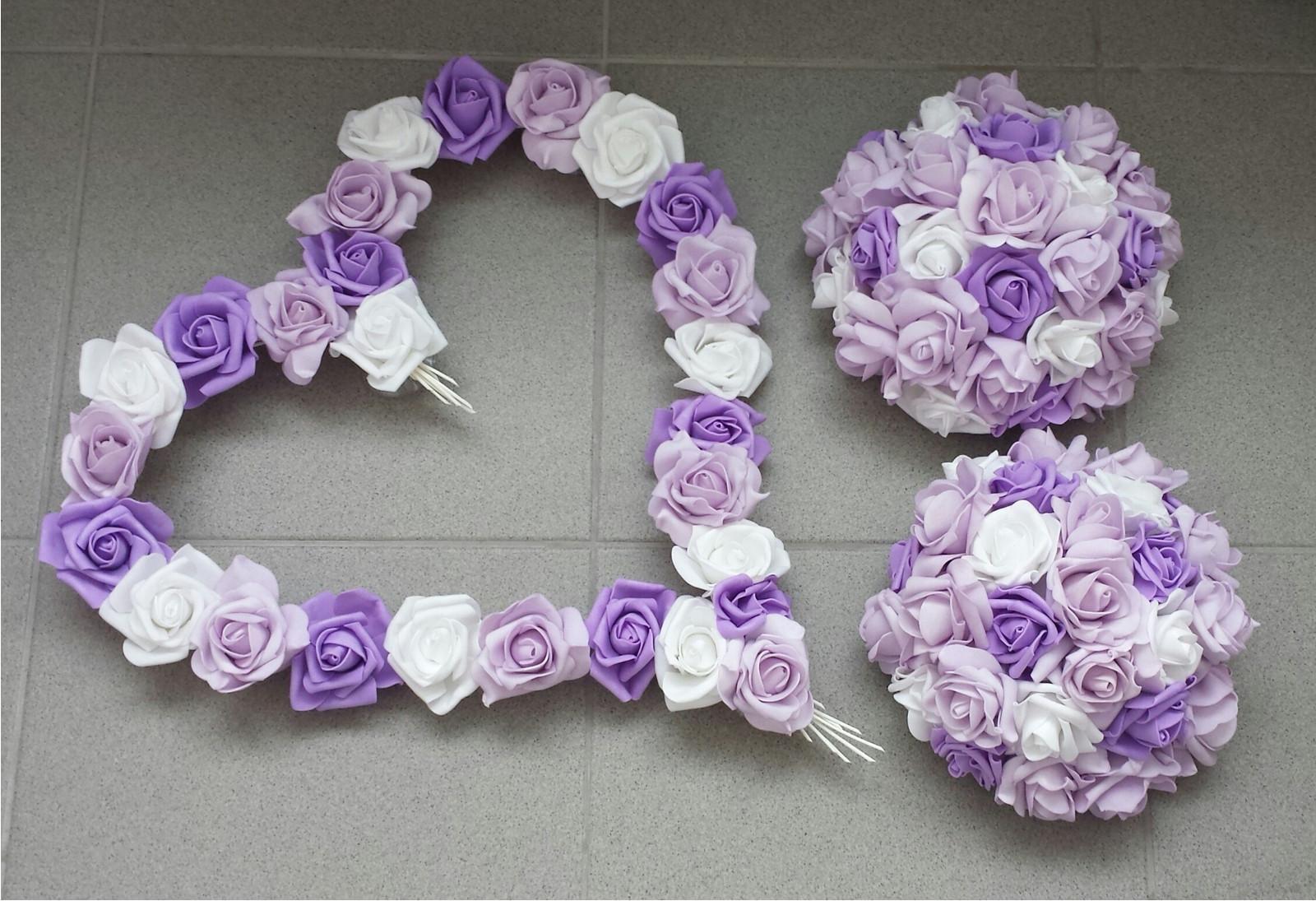 Bílý polštářek pod prstýnky s lila mašlí - Obrázek č. 3